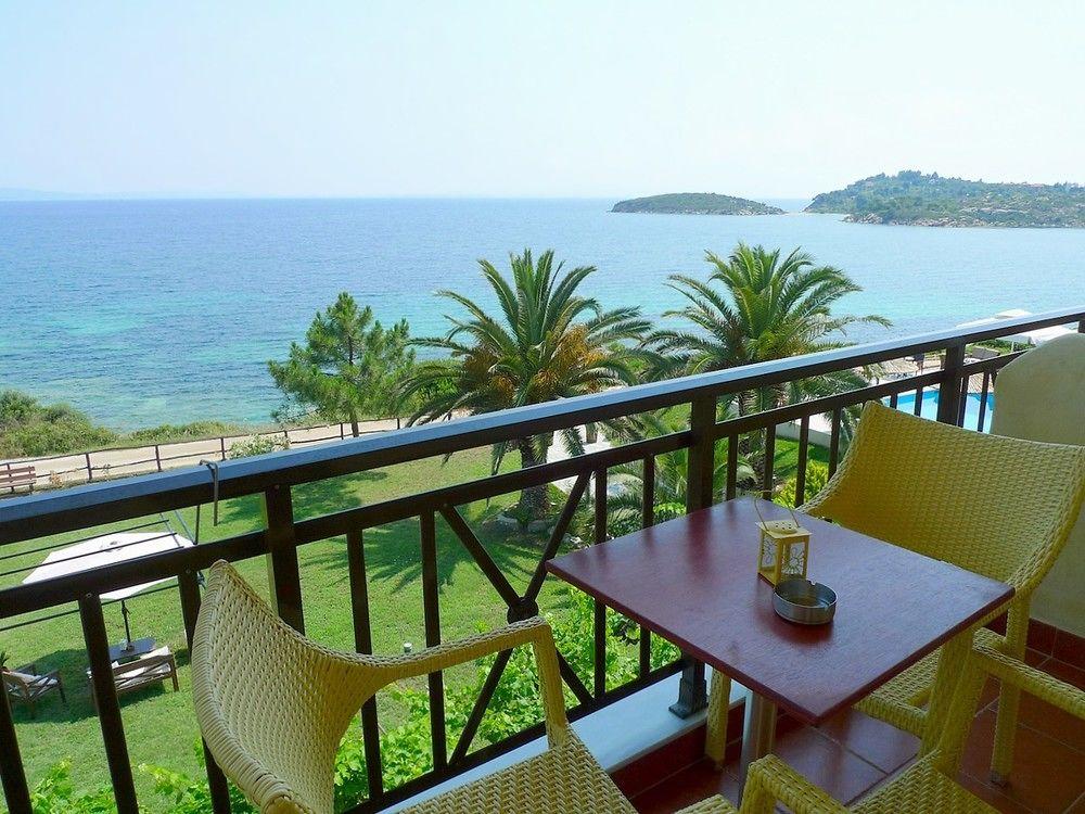 Отель в остров Ормос Панагиас на побережье