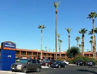 Howard Johnson Phoenix Airport/Downtown Area