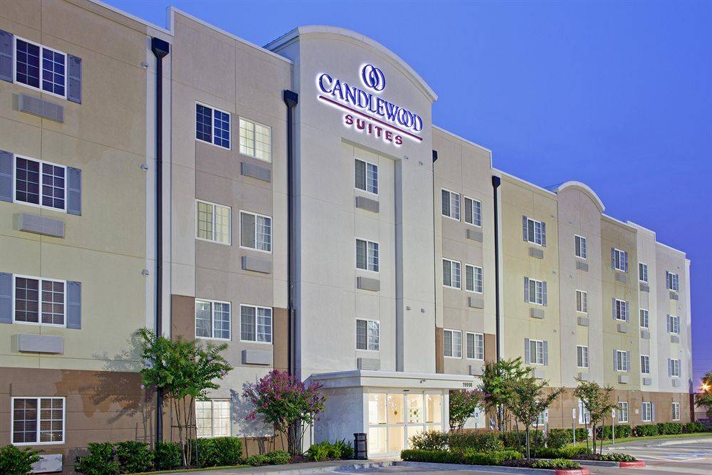 Candlewood Suites Houston Park 10