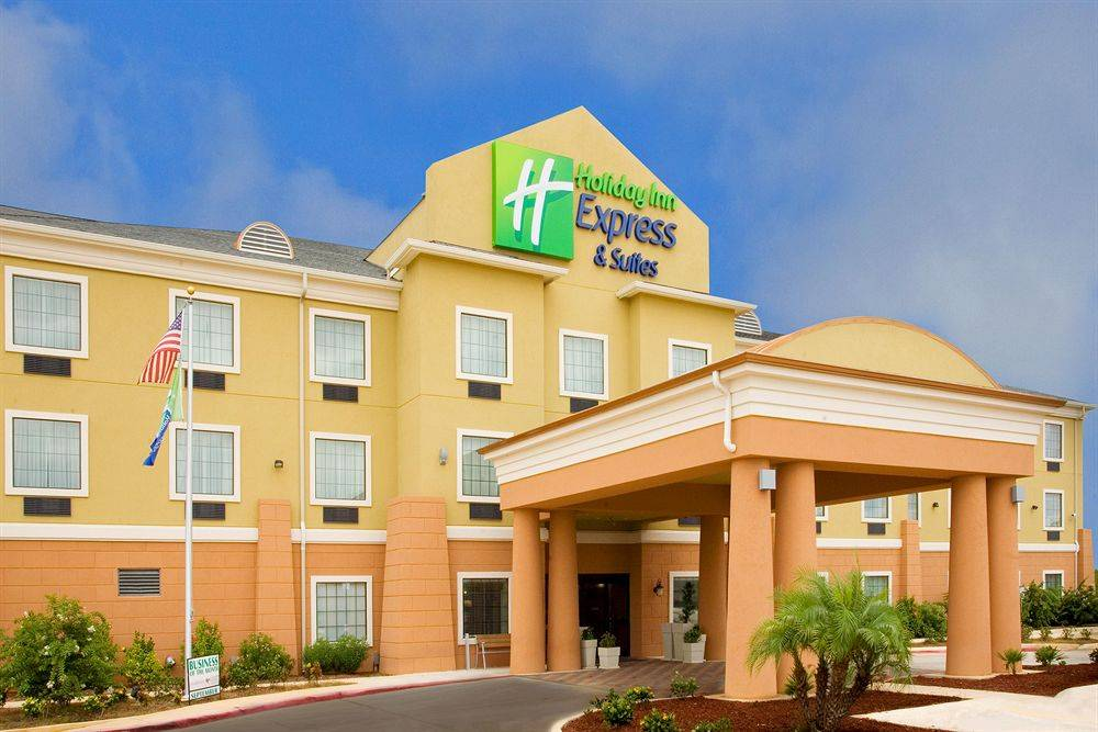 Holiday Inn Express Jourdanton - Pleasanton