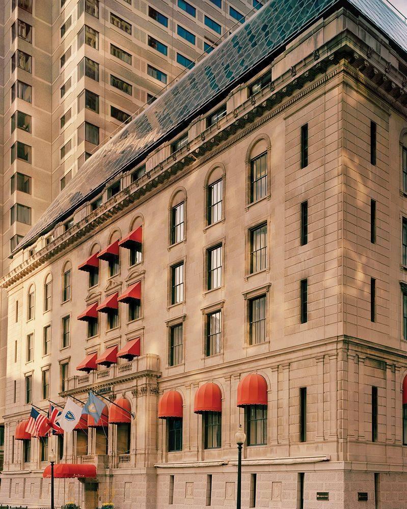 Holiday Inn Express Hotel & Suites Boston Garden Birleşik Devletler ...