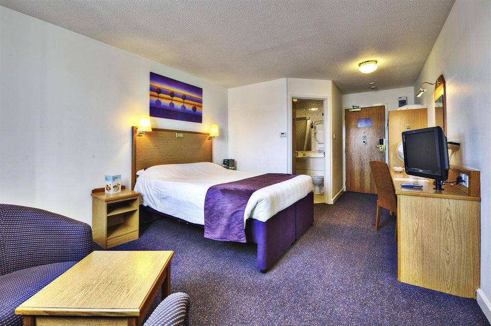 Edinburgh Hotels Near Haymarket 2 Bed Apartment In Abbeyhill