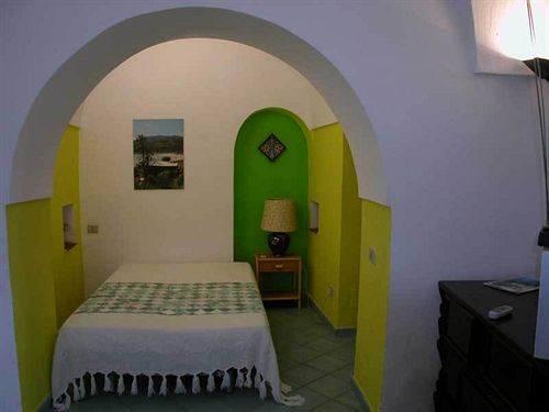 Alcun visto dà Pantelleria