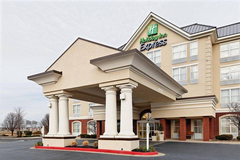 Holiday Inn Express Hotel & Suites EVANSVILLE