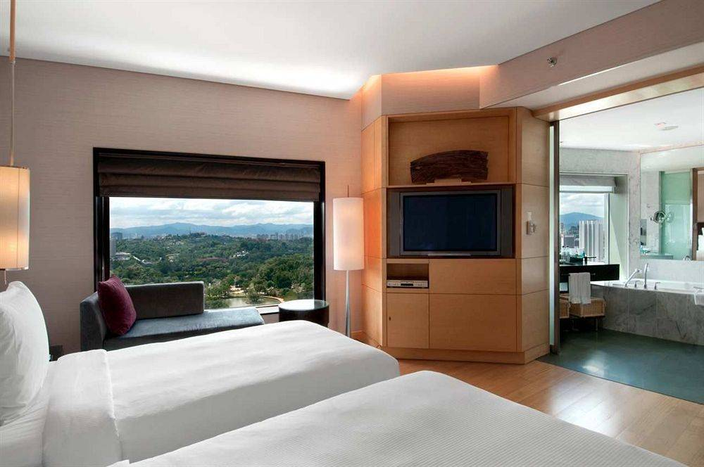 a research on what affects customer brand preference in hilton hotel in malaysia Get all the latest malaysia news from bmi research gain unparalleled insight across 22 industries and 200 global markets.