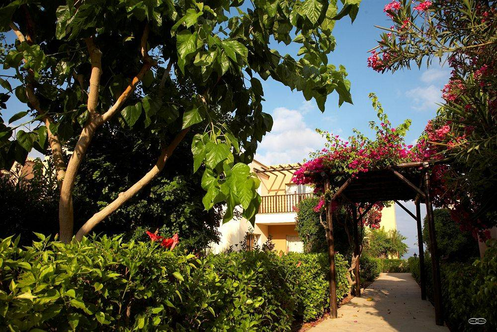 Akteon tourist holiday village 4 пафос кипр