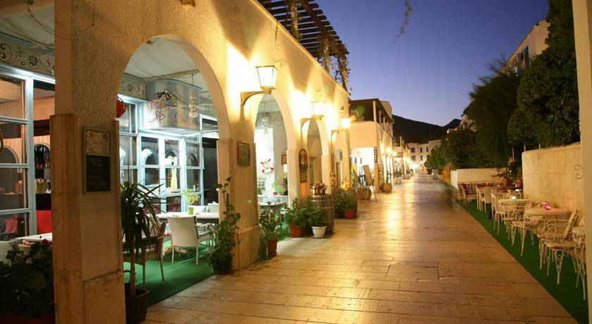 Будва отель slovenska plaza 3 Черногория будва
