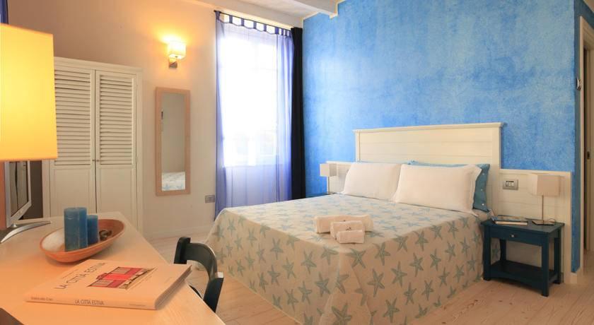Una camera da letto a Cagliari Prezzi