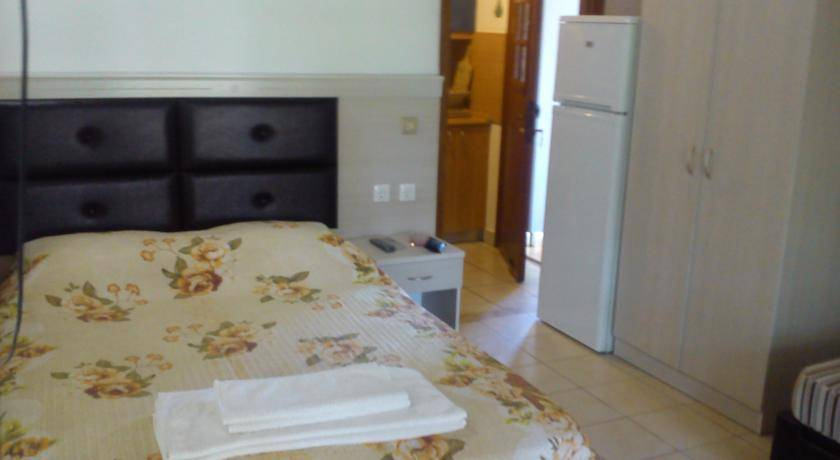 Property in the island Toroni long-term rent