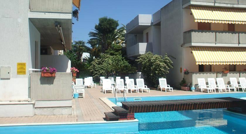 Home in Alba Adriatica in rubles prices are cheap