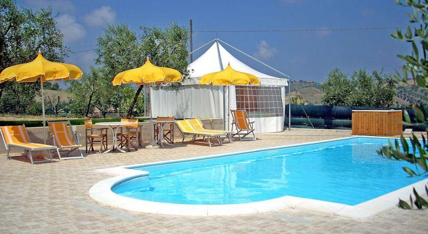 Rental villas in Tortoreto from the tour operator