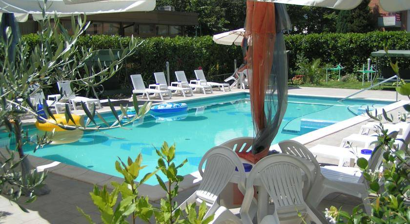 Montecatini Terme hotels on the beach