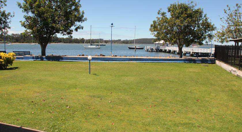 batemans bay black personals Welcome to the best online batemans bay dating scene mingle2com is full of batemans bay single girls seeking dates, sex, boyfriends, and fun finding single girls in batemans bay is easy with mingle2's free batemans bay personals, and our online batemans bay chat rooms are a great place to make your first move register now to start meeting and dating girls in batemans bay.
