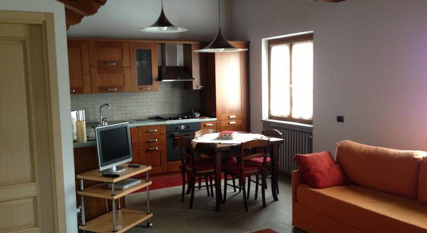 Apartment in Nizza Monferrato buy cheap