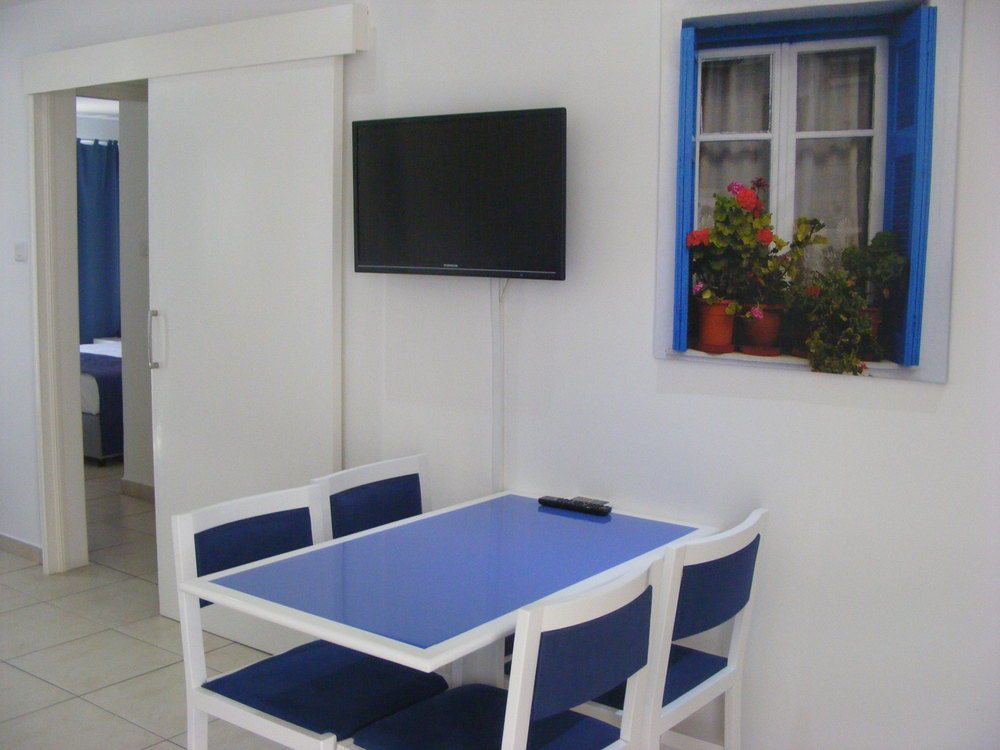 Sun hall beach apts 3 ларнака
