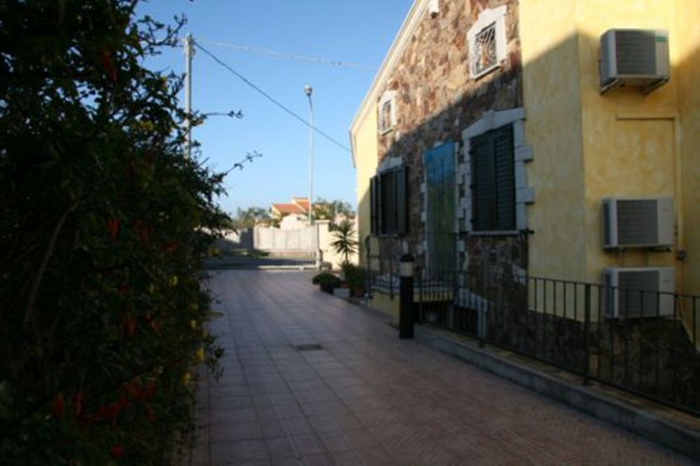Buy an inexpensive apartment in San Teodoro