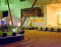 Inner Circle - A Business Hotel