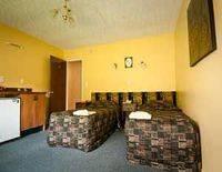 Glacier Gateway Motels
