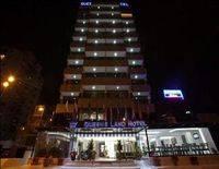Queen's Land Hotel