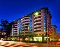 Adina Apartment Hotel Canberra, James Court