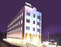 SRS Lakshya Hotel