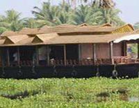 Houseboat (Grandeur Group)