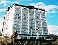 The Bay Plaza Hotel
