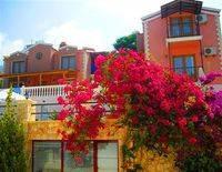 Aparthotel & Villas Kuluhana