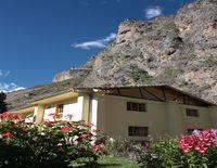 Apu Lodge