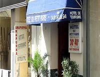 Hotel Du Petit Paris