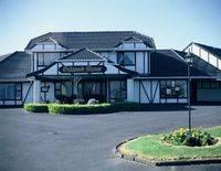 Oakwood Manor Motor Lodge