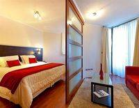 Plaza Suites