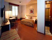 Cesar Park Hotel