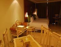 Xing Long Old Ban Yan Resort & Spa