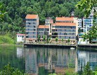 Jiande Yinyuan Hotel