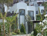 Ibak Sunny Houses
