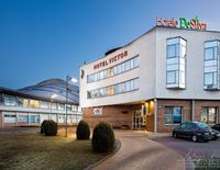 Hotel Victor Pruszków by De Silva
