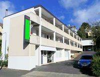 Farrys Motel