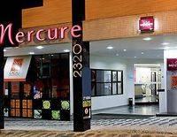 Mercure Curitiba Parque Barigui Hotel