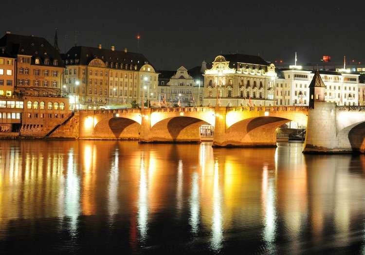 Basel Şehir Rehberi