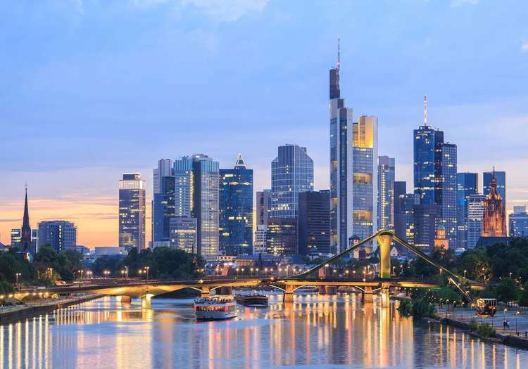 Was Kann Man In Frankfurt Unternehmen