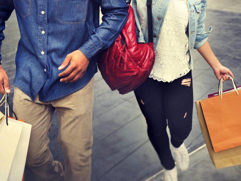 1- Seyahat için alışveriş yapın