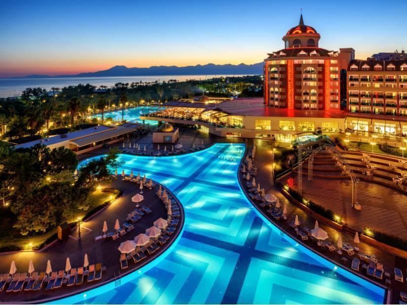 Antalya'da konforlu ve uygun fiyatlı tatil