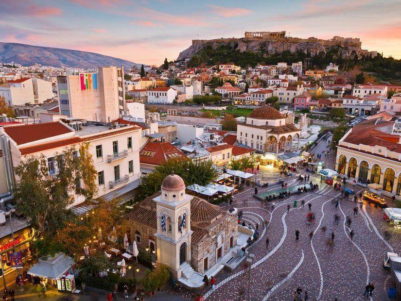 Atina'da eğlence de yemekler de şahane