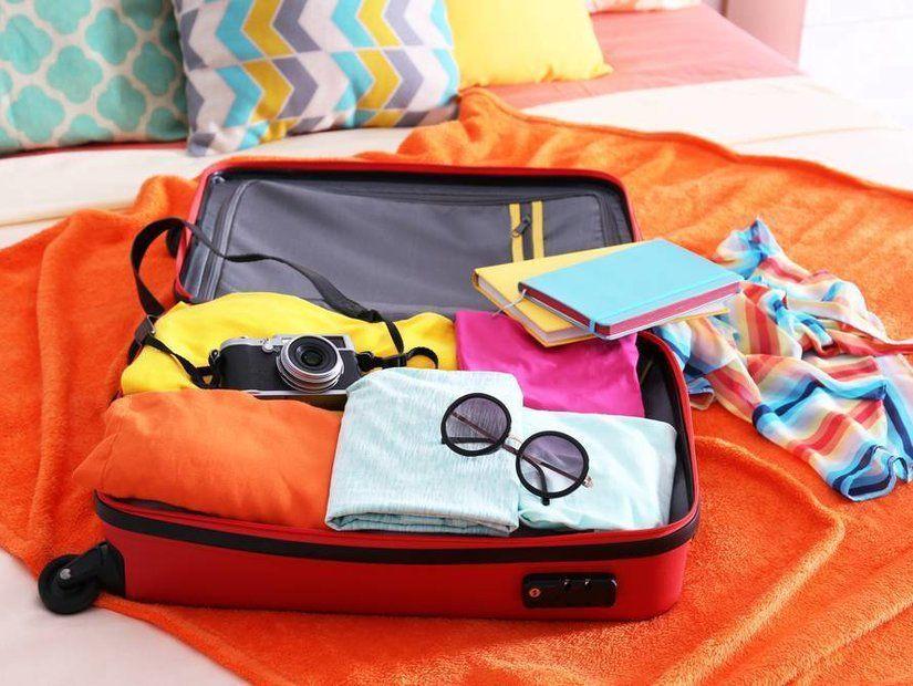 1- Hafif bir bavul ve olabildiğince az eşya