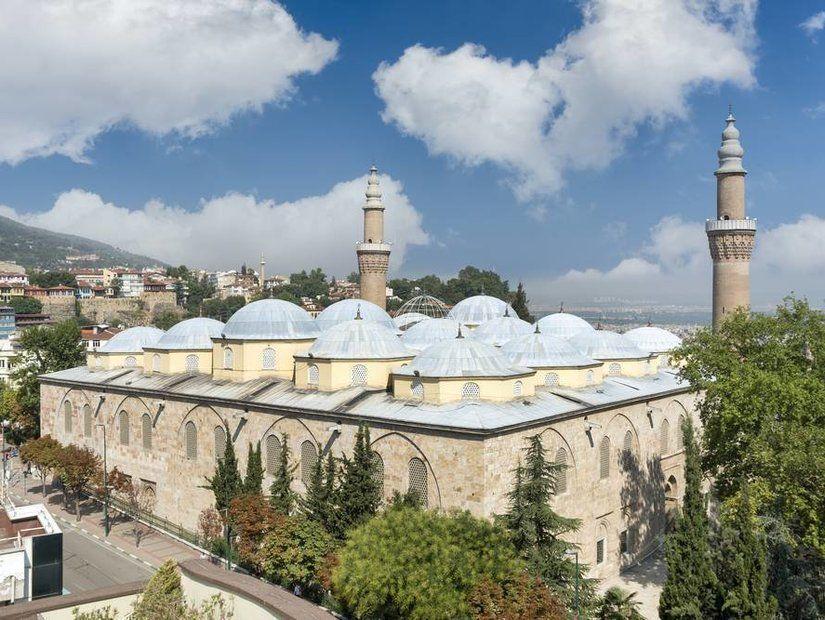 3- Tarihin tanığı hanlar, camiler, türbeler