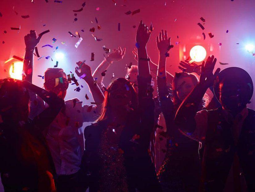 Çılgın partiler