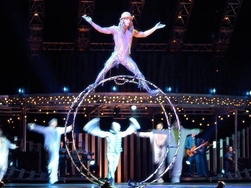 14- Cirque du Soleil