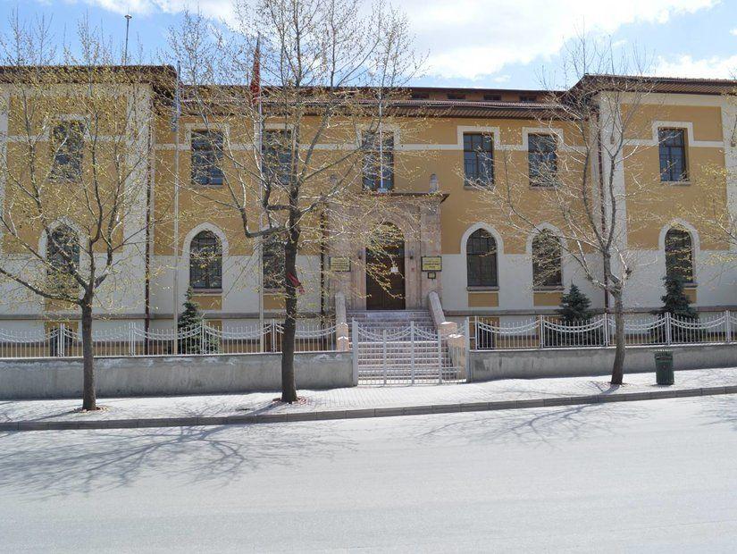 4- Cumhuriyet Tarihi Müzesi (Eskişehir)
