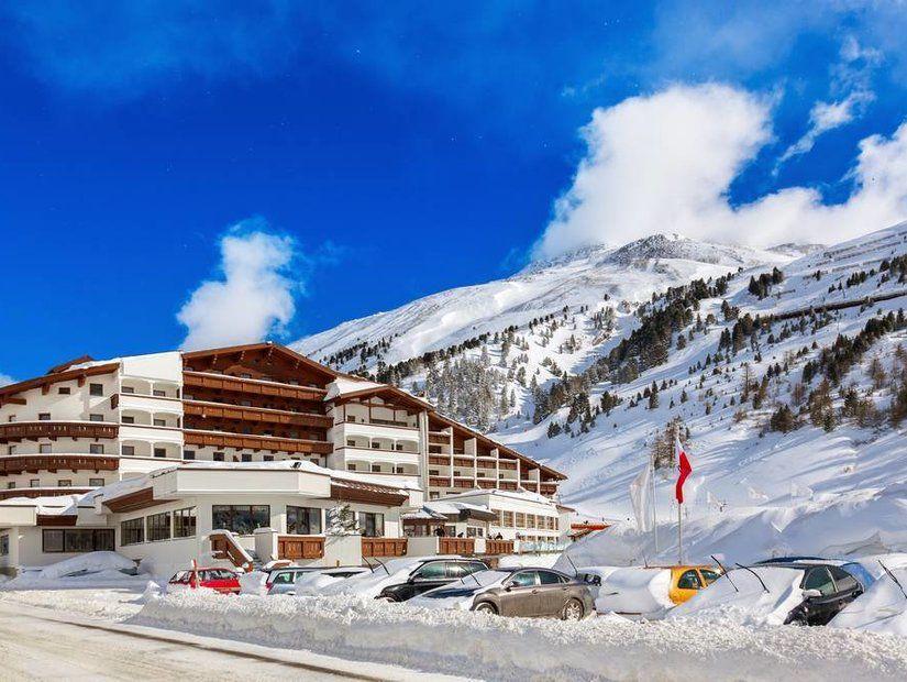 Sonbahar ve kışın dağ otelleri